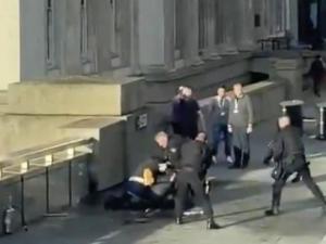 London Bridge stabbing leaves two people dead, terror suspect shot dea..